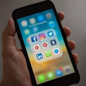 Sosiaalinen Media (LinkedIn) Hyötykäyttöön